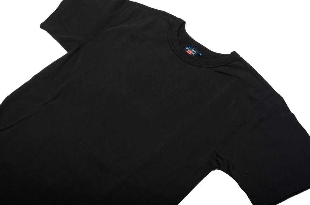 sda_plastic_pack_tshirt_04-1025x680.jpg