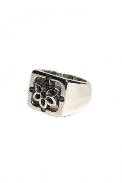 Good Art Model 27 Ring w/ Rosette