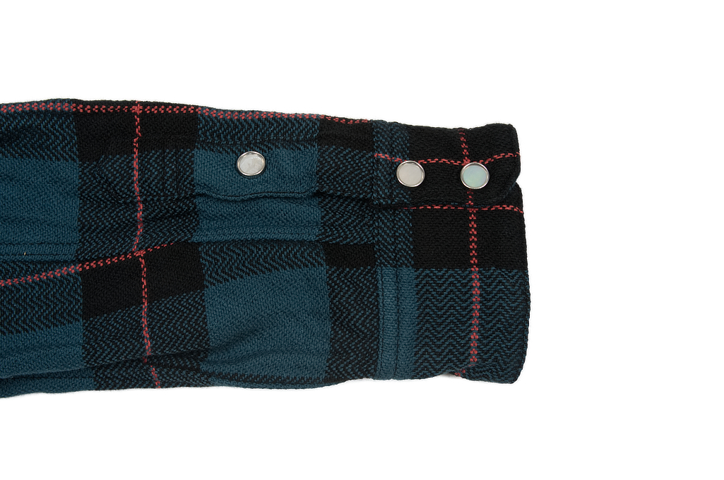 Flat Head Animal Face Winter Flannel - Blue/Green/Red Snap - Image 9