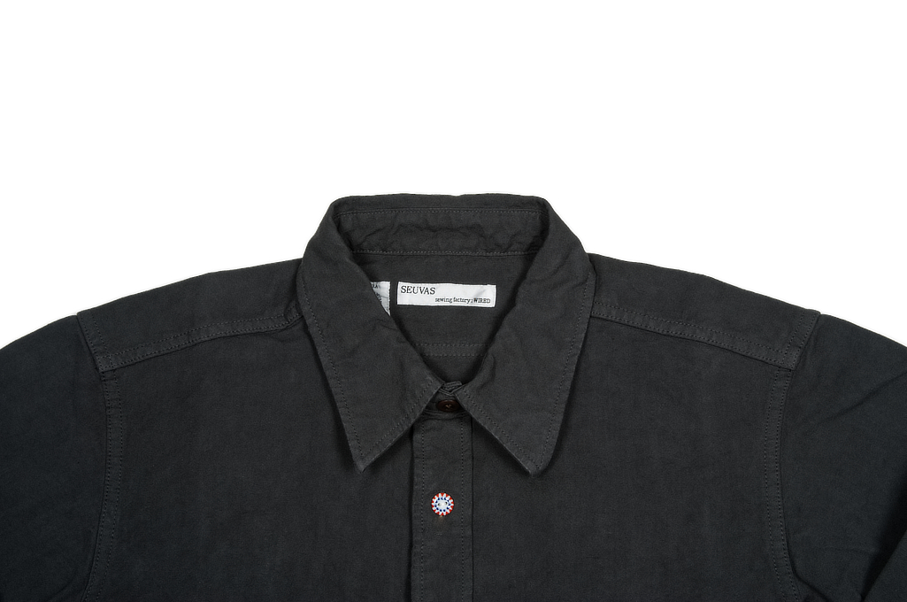 seuvas_workshirt_charcoal_xl_04-1025x680