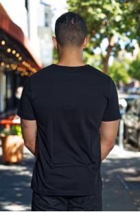 Merz. B Schwanen 2-Thread Heavy Weight T-Shirt - Deep Black - Image 1