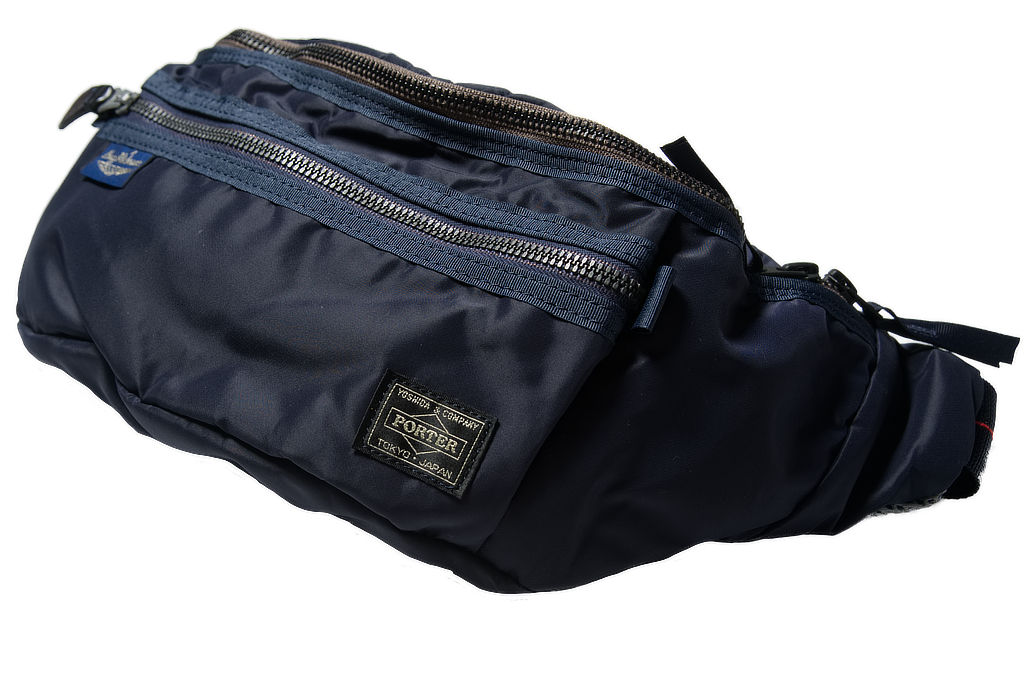br_porter_navy_shoulderbag_02-1025x681.j