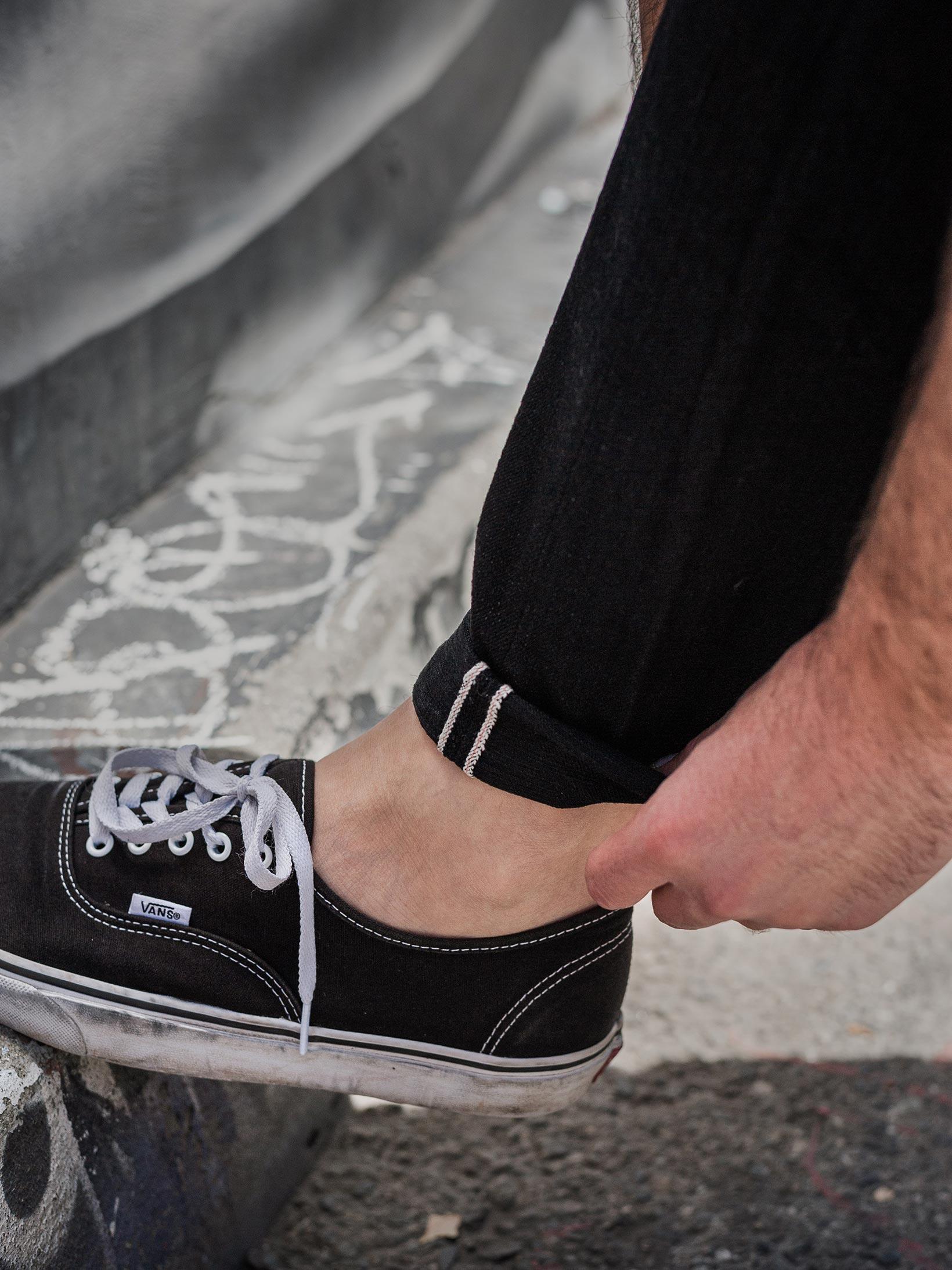 Studio D'Artisan SE-001 G3 Jeans - Straight Tapered Black - Image 22