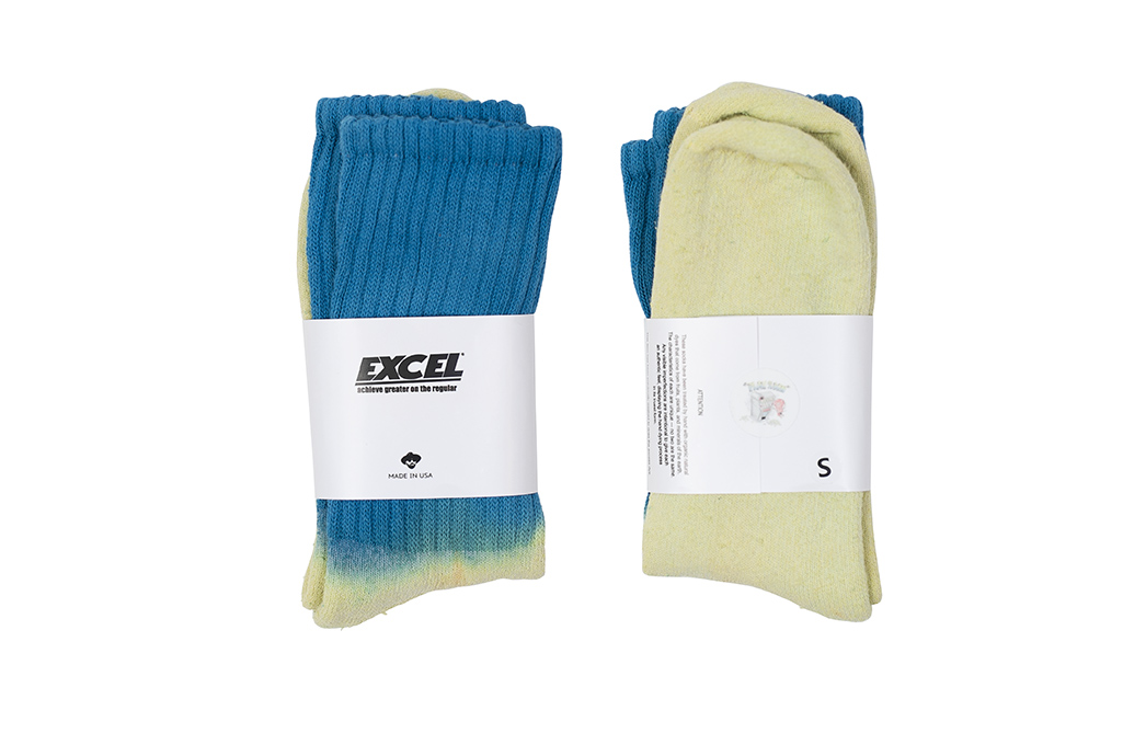 EXCEL / PLAY 2WIN - Hand-Dyed Socks / Blue Top - Image 1