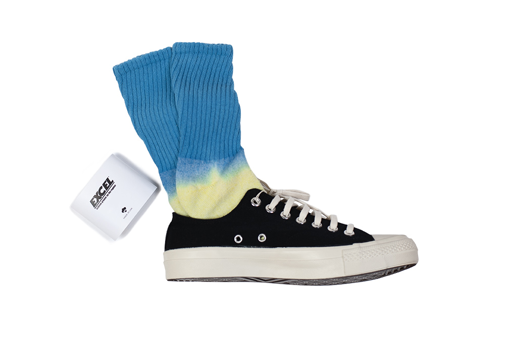 EXCEL_PLAY_2WIN_Hand-Dyed_Socks_Blue_Top
