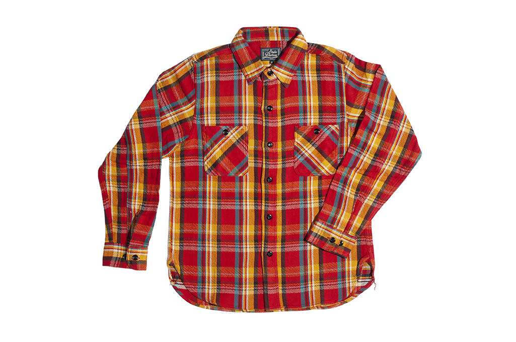 Studio_D'Artisan_Winter_Flannel_Red_Eye_