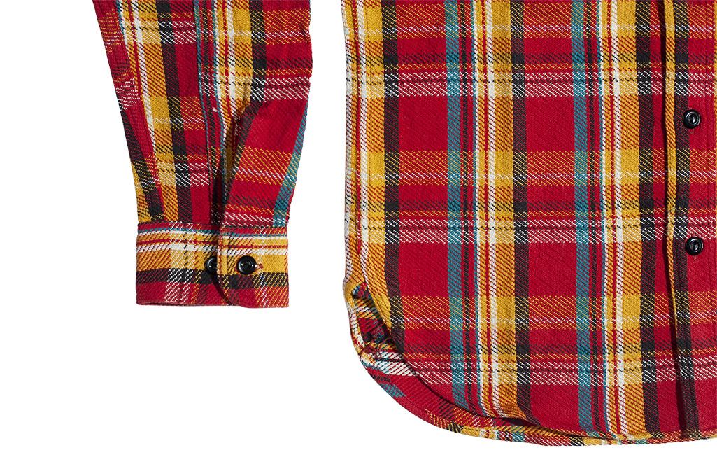 Studio D'Artisan Winter Flannel - Red Eye - Image 11