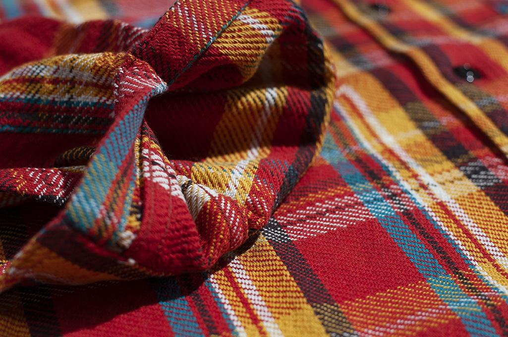 Studio D'Artisan Winter Flannel - Red Eye - Image 12