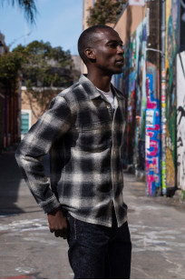 "Flat Head ""Davy"" Ombre Check Flannel - Black - Image 4"