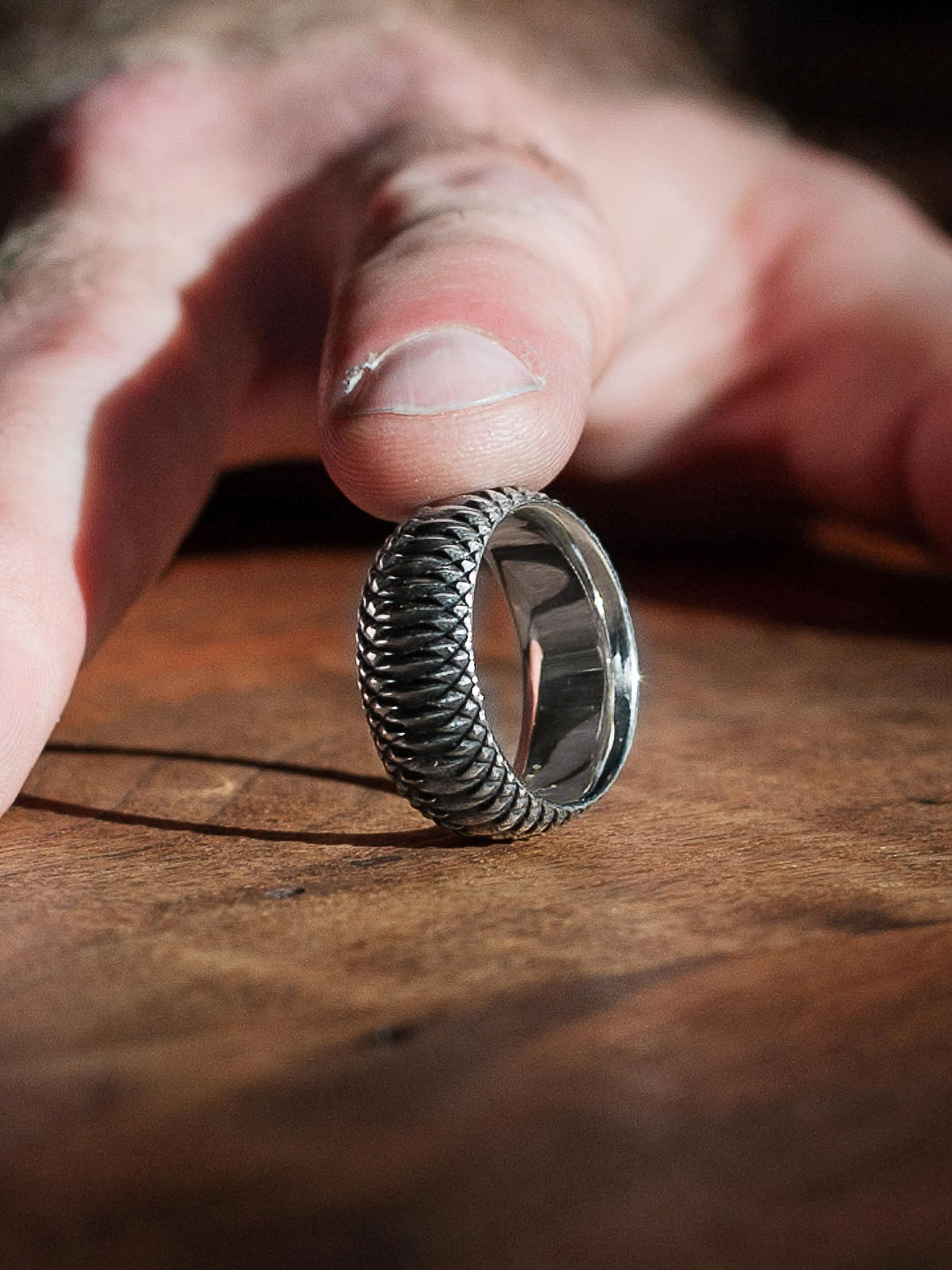 Neff Goldsmith Sterling Silver Inverted Soul Ring - Image 8