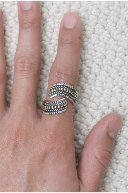 Self Edge Wire Wrap Ring - Inward
