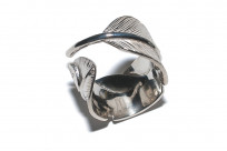 Flat Head Silver Feather Ring - Image 4